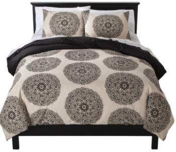 Spectacular target bedding