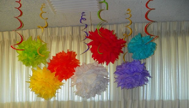 color party poms