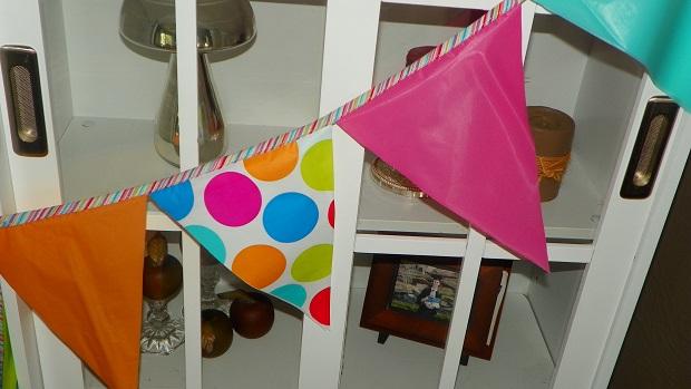 bookcase banner