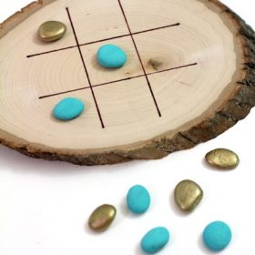 DIY Wood Slice Tic Tac Toe
