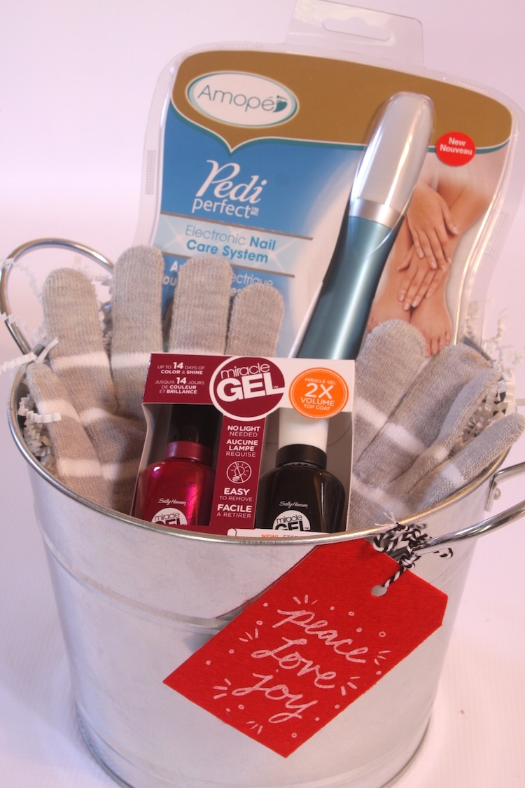 Manicure Kit with Amope Pedi Perfect Electronic Nail Care System