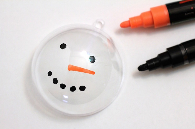 Easy DIY Snowman Ornament