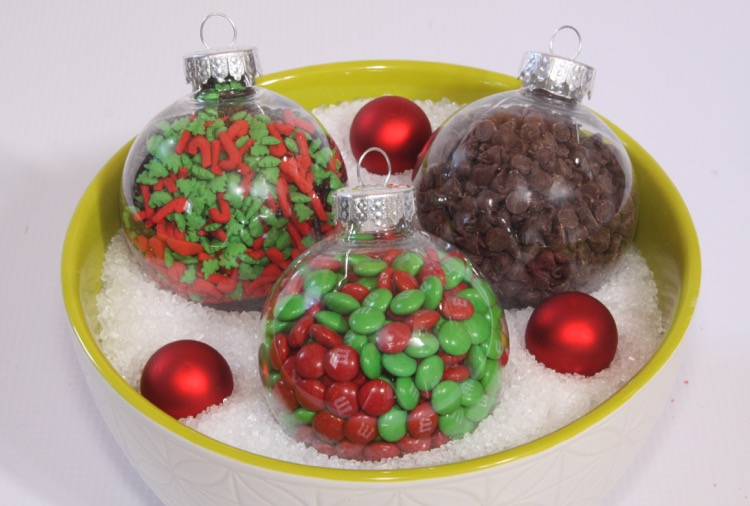 Add toppings to ornaments