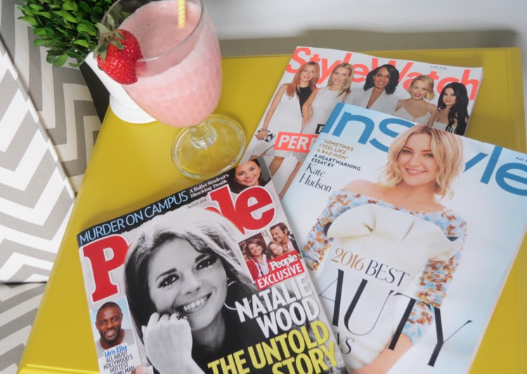 Magazines and smoothie