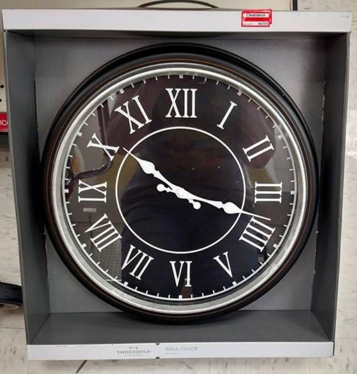 target read clear nicole clock