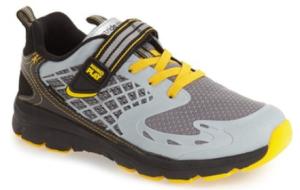 nord tennis shoe yellow grey