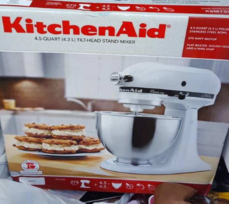 target-read-clear-trisha-kitchenaid-124