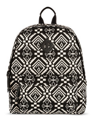 target-back-pack-black-white