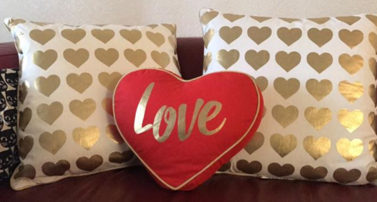 target read clear val new lisa pillow