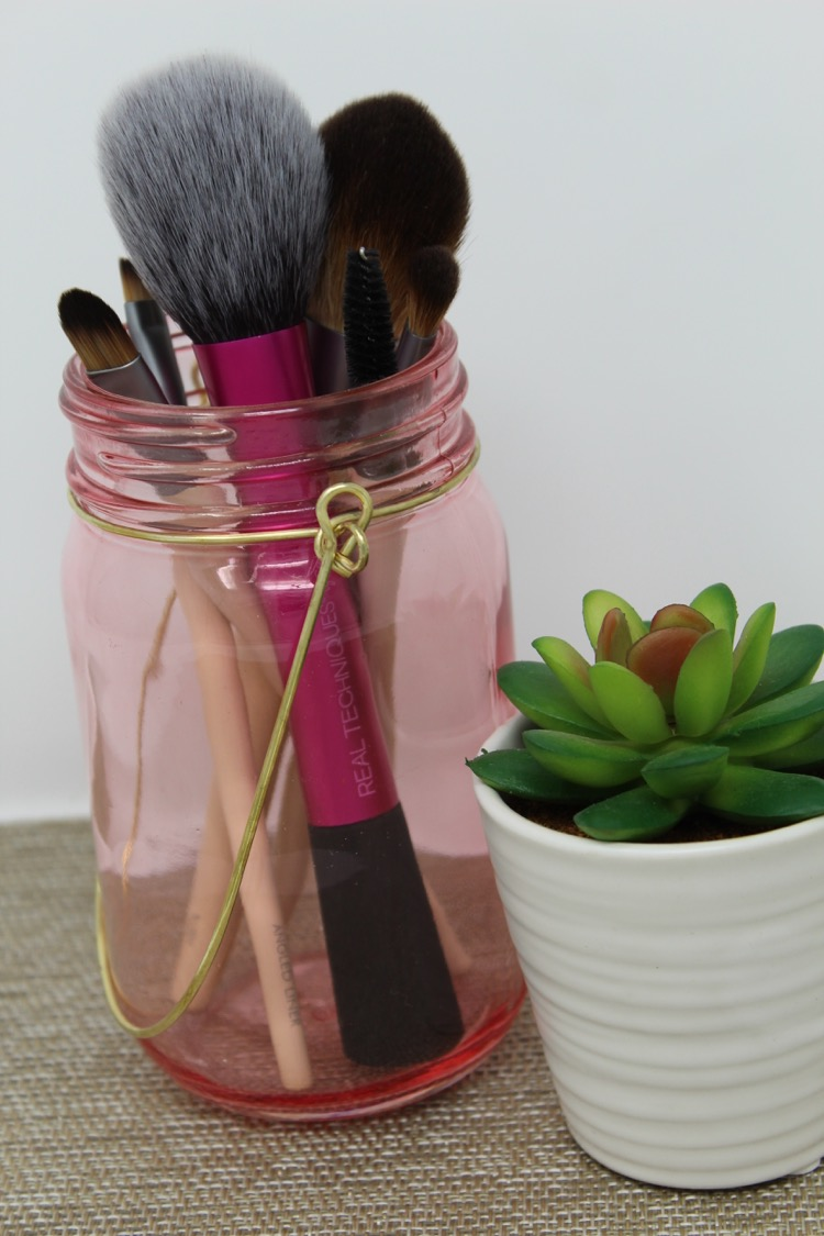 EcoTools and Real Techniques makeup brushes for spring