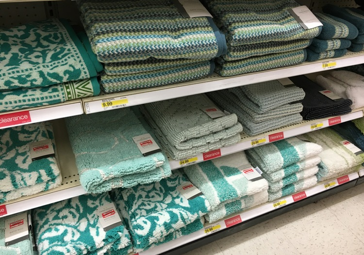 target w clear bath towel 50