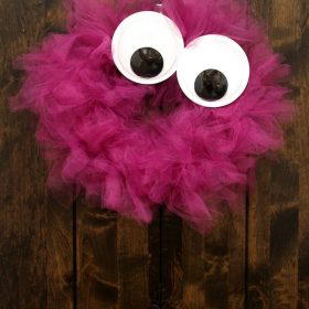 DIY Googly Eyes Monster Wreath