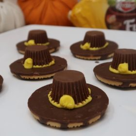 Pilgrim's Hats with Keebler Cookies (Save 25% with Cartwheel)